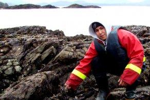 Kitsumklaum seaweed harvesting